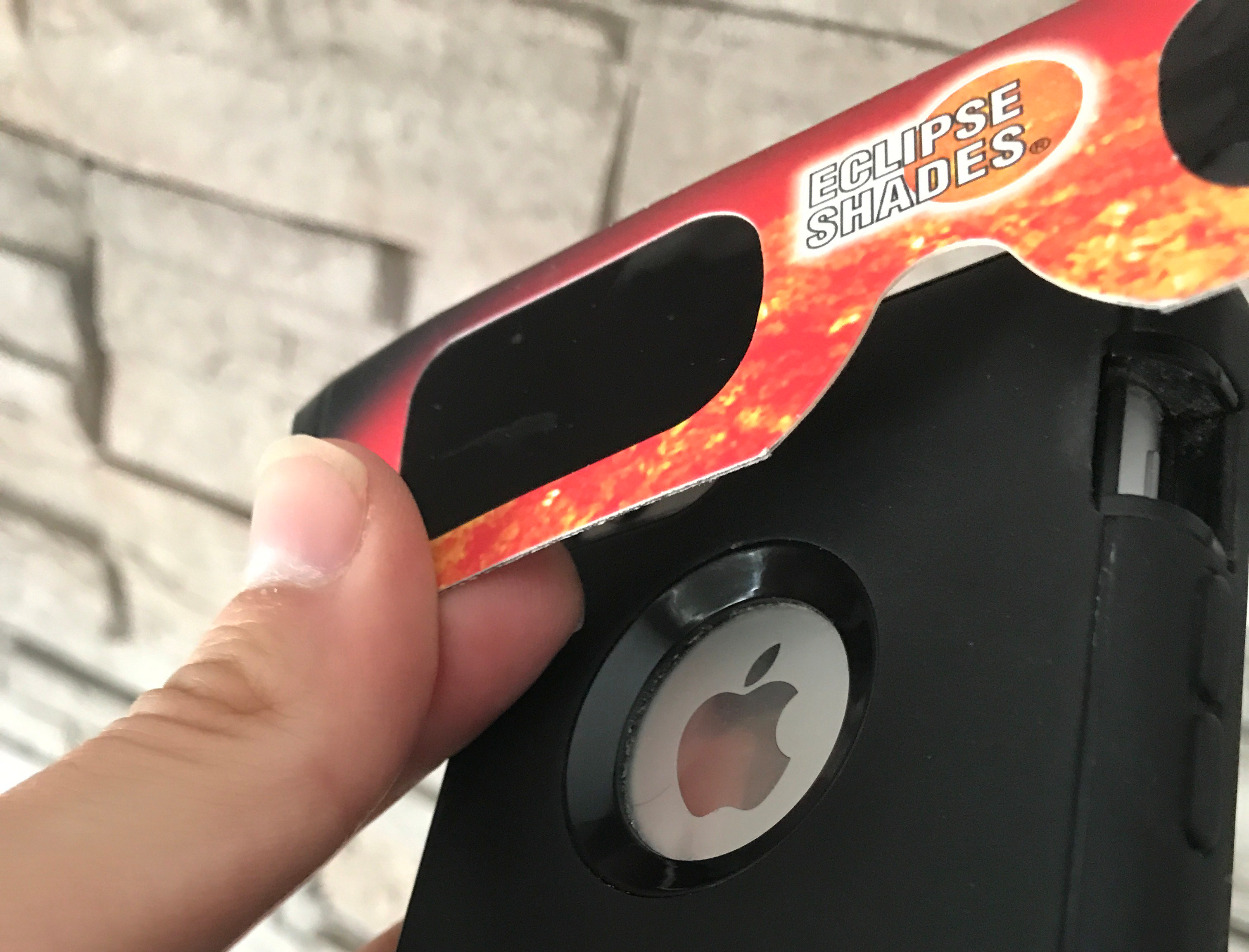 iphone-solar-eclipse